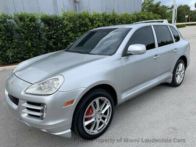 2008 Porsche Cayenne AWD Tiptronic Sportdesign Porsche Cayenne Sport Design Package AWD Tiptronic Garage Kept Dealer Serviced