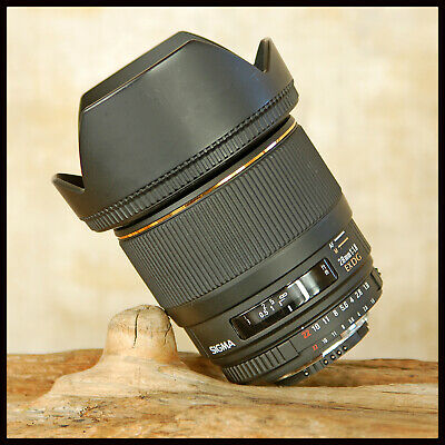 SUPERB Fast Aperture F1.8 Nikon AF Digital fit Sigma 28mm Lens EX DG Macro