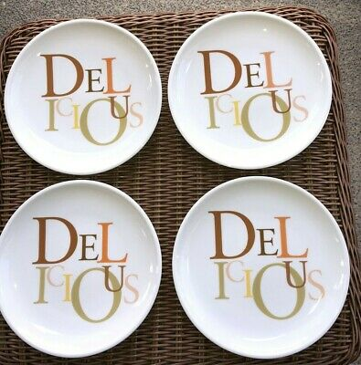 New Set of 4 The CHEESECAKE FACTORY Herrington Bear Dessert Plates DELICIOUS