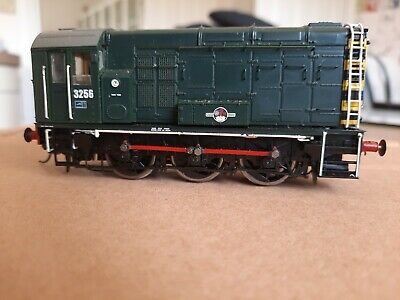Hornby OO Gauge D4174 BR 0-6-0 Diesel Shunter Class 08 DCC Fitted
