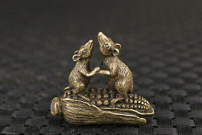 Chinese old bronze carved lovely mouse statue netsuke mini figure
