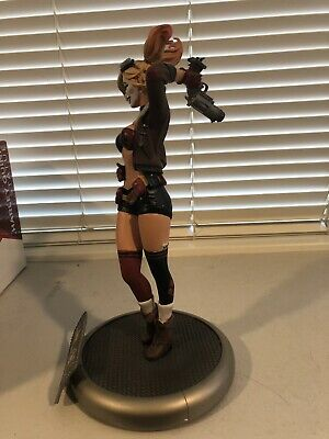 DC Collectibles: DC Bombshells Harley Quinn Statue First Release 3944/5200