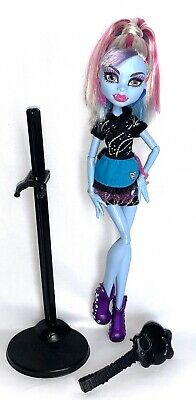 Monster High Doll Abbey Bominable Home Ick Classroom VGC