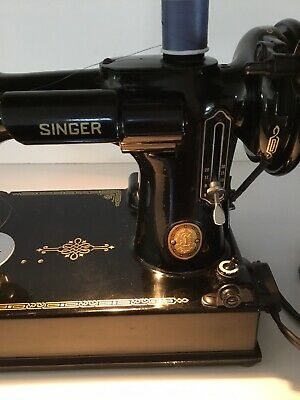 1952 Singer FEATHERWEIGHT Sewing Machine 221-1 & Extras  Excellent Condition