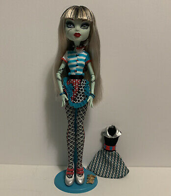 Monster High Frankie Stein Home Ick School Classroom