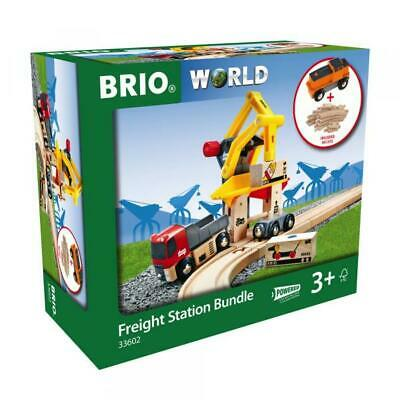BRIO WORLD EISENBAHN Set Frachtverladestation mit Batterie