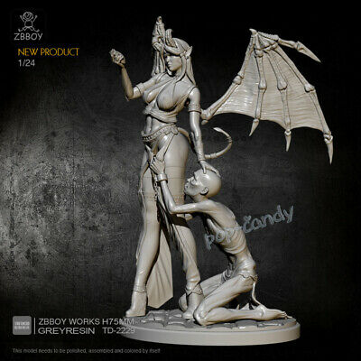 1//24 Scale Queen of Heart Unassembled Figure Unpainted Resin Garage Kit Toy