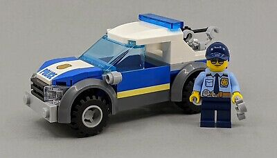 Lego New Policeman with Police Car Foil pack 951907 Set Sealed City Car Minifig