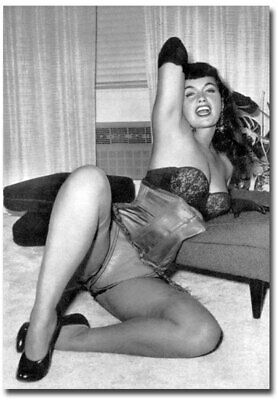 """Bettie Page Black /& White Refrigerator Magnets Size 2.5/"""" x 3.5/"""""""