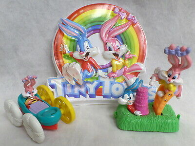 Babs & Buster Bunny Tiny Toons Lot Warner Brothers wb Looney Tunes Sign  & toys