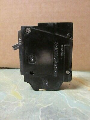 O Ge General Electric 20 amp circuit breaker THQL1120