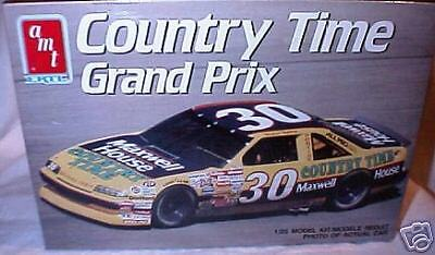 amt 1/25 #30 COUNTRY TIME MAX HOUSE WALTRIP PONTIAC GP