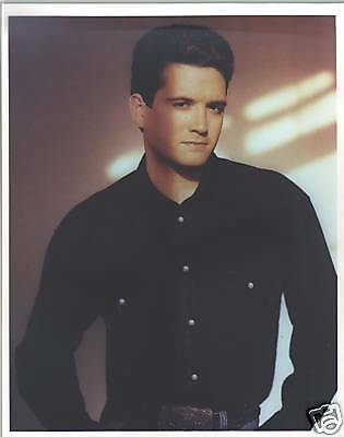 Rare Hatless Tracy Byrd Color Publicity Photo