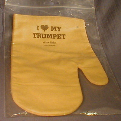 I LOVE MY TRUMPET treated Silver Polish Mitt w/liner