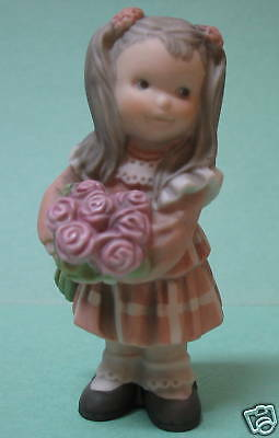 Pretty As A Picture Girl Holding Pink Roses ~Nib 472417
