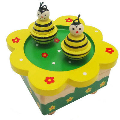 NEW IN BOX Wooden Music Box Dancing Magnetic Bees