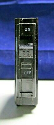 x Square D 30 amp circuit breaker QOB130 bolt on (old style)