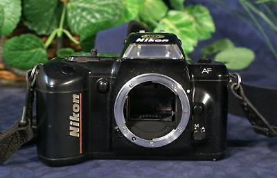NIKON N4004 Auto Focus 35mm SLR Camera Body