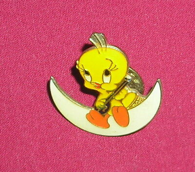 Warner Brothers Tweety Bird Singing On Moon Enamel Pin