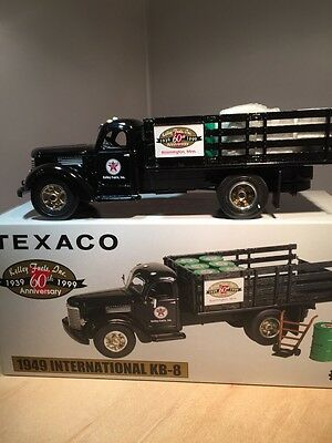 Texaco: Kelly Fuels, Inc 1949 Ihc Stake - First Gear (18-2441)