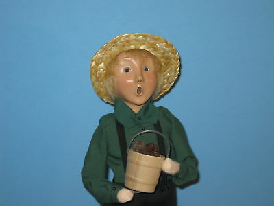 Byers Choice 2002 Excl. Amish Boy with Pinecone Bucket