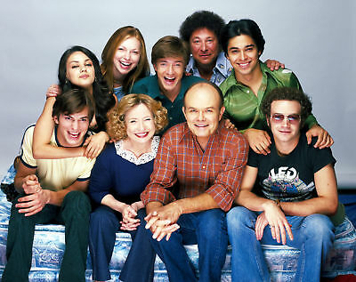 "The Cast of ""That 70's Show""- 8x10 Photo"
