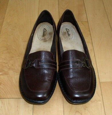 Clarks Wms Dk Brown Leather Shoes 9 M