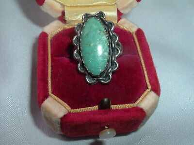 Vintage Estate Turquoise Sterling Silver Ring Sz 7.50