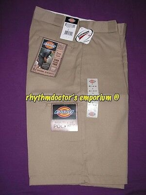 "Dickies Mens 42283 KH 13"" Loose Fit Cell Multi Use Pocket Work Short Khaki"