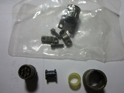 9 – Amphenol Connectors 71-144610-06P