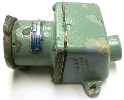 Crouse-Hinds Explosion Proof Receptacle  Ar-342, Amps 30 3W4P