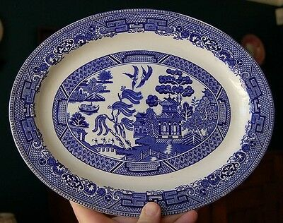 Lovely Wood & Sons England Blue Willow Medium Oval Platter