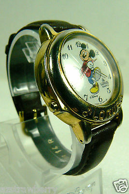 Disney Mickey Mouse Lorus Music March Band Leader wrist watch leather band