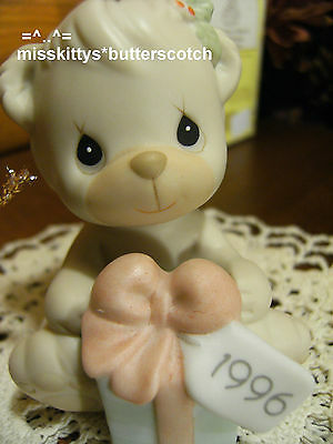 Precious Moments~ORNAMENT~Dated 1996~531200~Wishing You A Bear-ie MerryChristmas