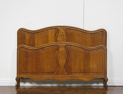 262-4 : European Oak French Country Bed