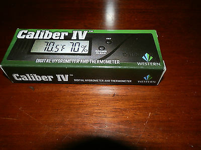 New Caliber Iv Digital Hygrometer W/calibration Adjust
