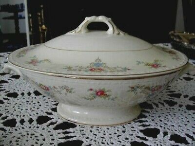 HOMER LAUGHLIN Eggshell Georgian Wedgwood Covered Oval Vegetable Bowl/Tureen/Lid