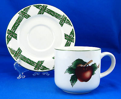 Citation THE CADES COVE COLLECTION Flat Cup and Saucer Set 3.125 in. Apples