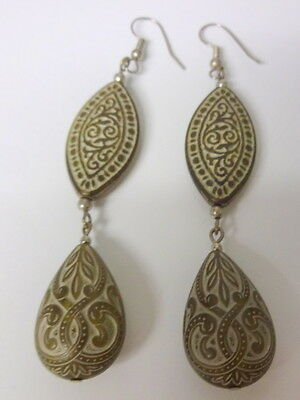 Vintage Fashion Lucite Asian Ornament Carved Long Tear & Almond Shape Earrings