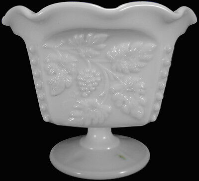 Westmoreland Milk Glass Beaded Grape Pattern Footed Open Mayonnaise Bowl As-Is