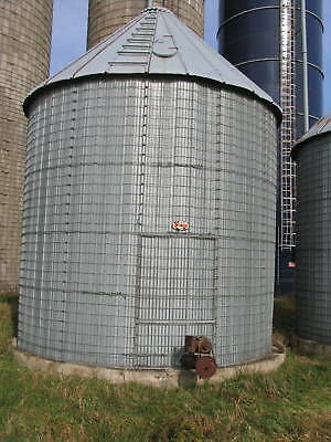 Corn Crib with Sheet Metal Liner 16' Diameter, and 15' Wall Height