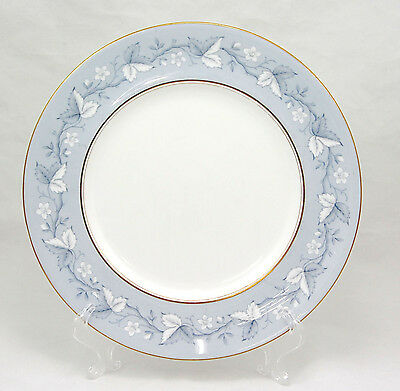 Royal Doulton QUEENSBURY H4898 Dinner Plate 10.75 in. Blue White Leaves Flowers