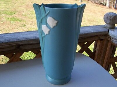 Weller Art Pottery Lily of the Valley HP Matte Bouquet LG Flower Vase 1872-1948