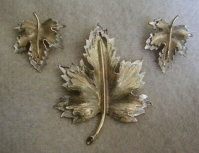 Gorgeous Vintage Sarah Coventry Two Tone Leaf Brooch & Clip Earrings Set