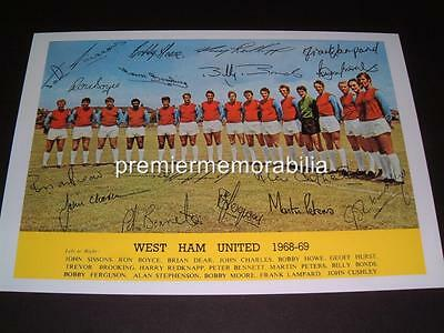 West Ham United Fc 1968-69 Bobby Moore Geoff Hurst & Brooking Signed (Printed)