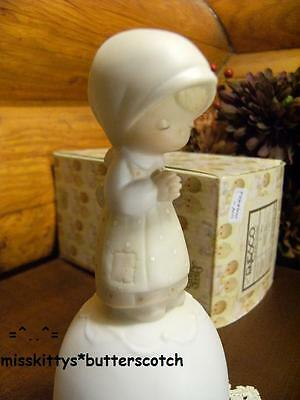 Precious Moments~BELL~Prayer Changes Things~E5210~NM~Girl Praying~BV=$75~no mark