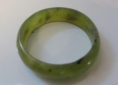 Vintage Chinese Natural Green Jade Ring Size 7