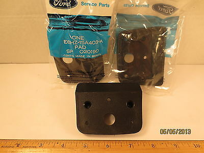"""ONE FORD 1986 MEDIUM & HEAVY TRUCK ROOF MARKER LIGHT """"PAD"""" NOS FREE SHIPPING"""