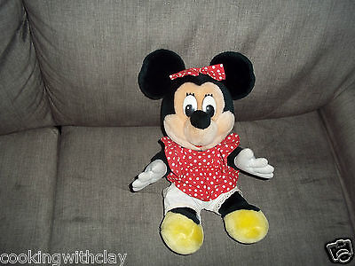 VINTAGE COLLECTIBLE DISNEYLAND DISNEY WORLD MINNIE MOUSE PLUSH DOLL FIGURE
