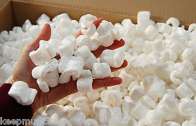 VOID FILL PACKING PEANUTS CHIPS / POLYSTYRENE    Approx 4 cubic ft